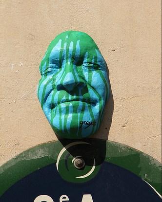 Gregos Visage Street Art Paris