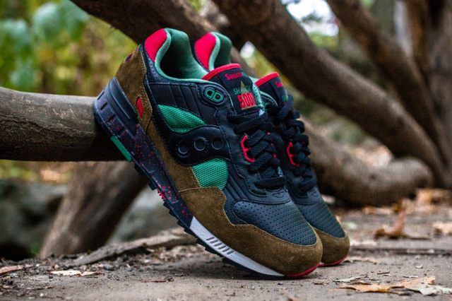 West-NYC-Cabin-Fever-Saucony-Shadow-5000-1