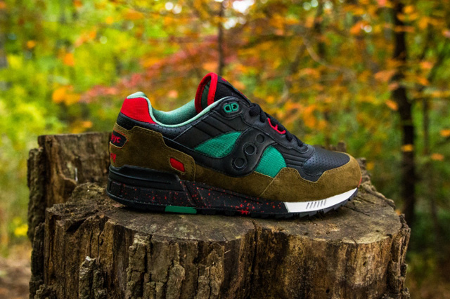 West-NYC-Cabin-Fever-Saucony-Shadow-5000-3