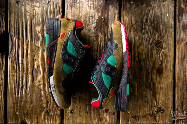 West-NYC-Cabin-Fever-Saucony-Shadow-5000-7
