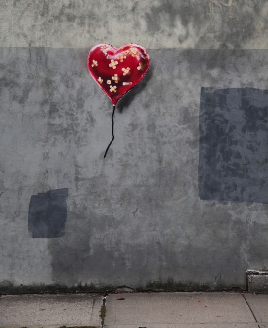 Banksy-Heart-streetart-New-York