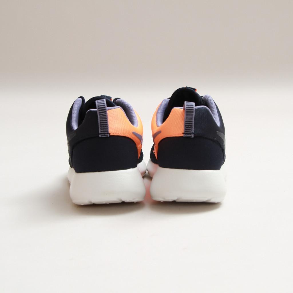 Nike Rosherun Premium Dark Obsidian-Atomic Orange-concept