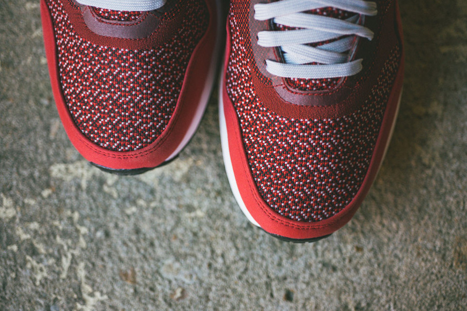 Nike-Air-Max-1-Jacquard-Laser-Crimson-detail