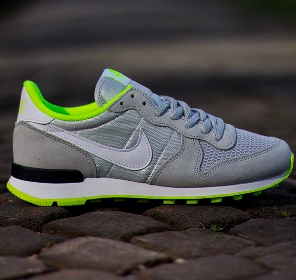 the best attitude bac1f d3135 Nike Air Internationalist Wmns Light Ash Grey  nike internationalist ash grey  volt ...
