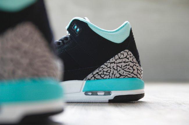 Air Jordan 3 Bleached Turquoise