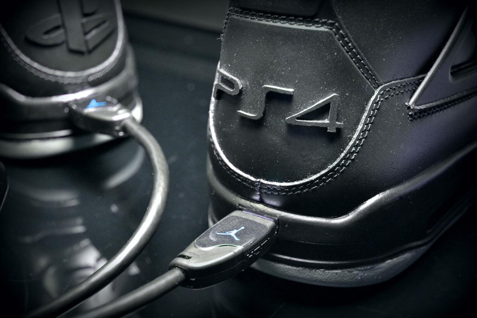 Customisation Air Jordan 4 X Playstation 4 by FreakerSneaks