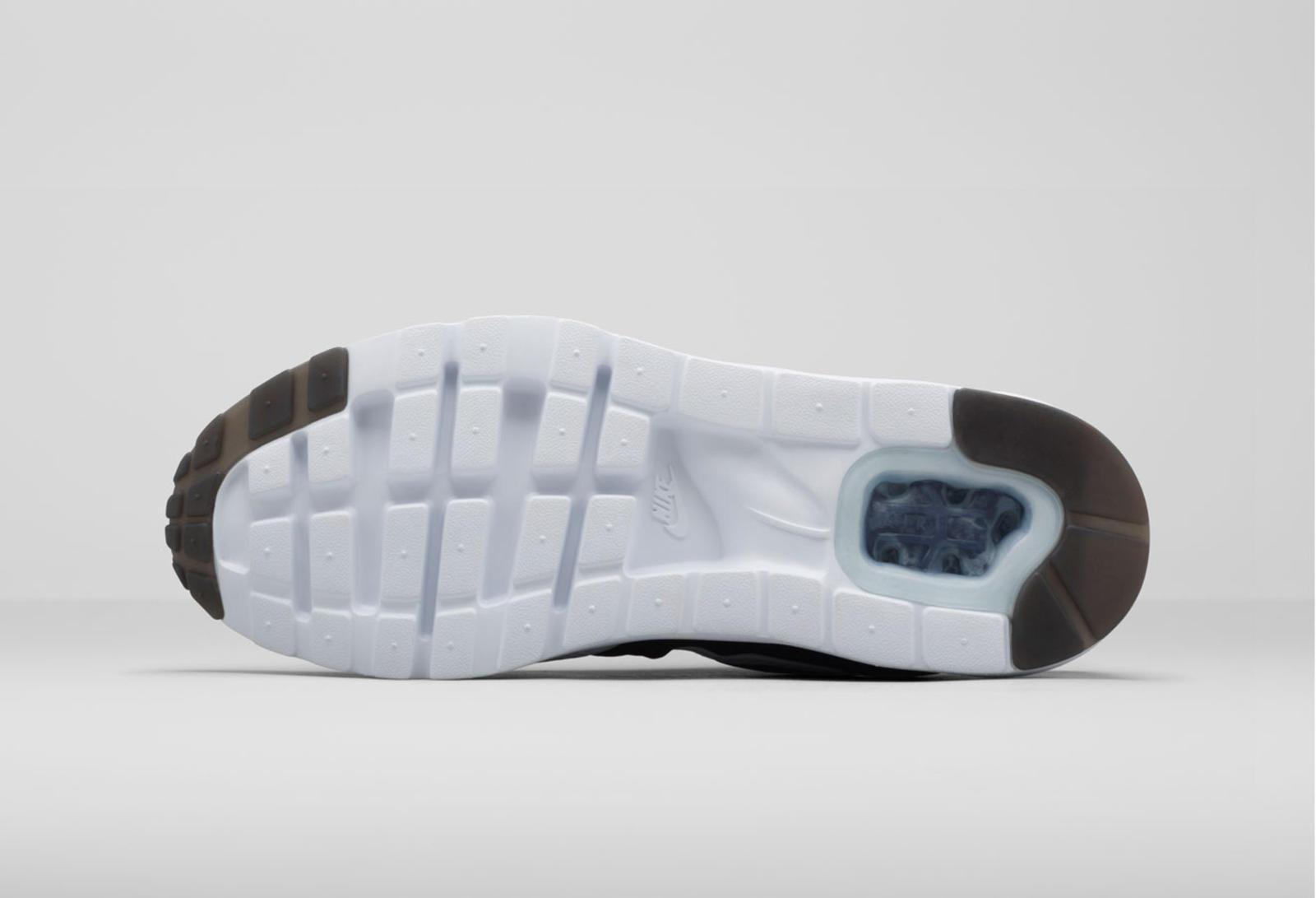 air jordan foot locker - Nike-Air-Max-1-Ultra-Moire-outsolle.jpg