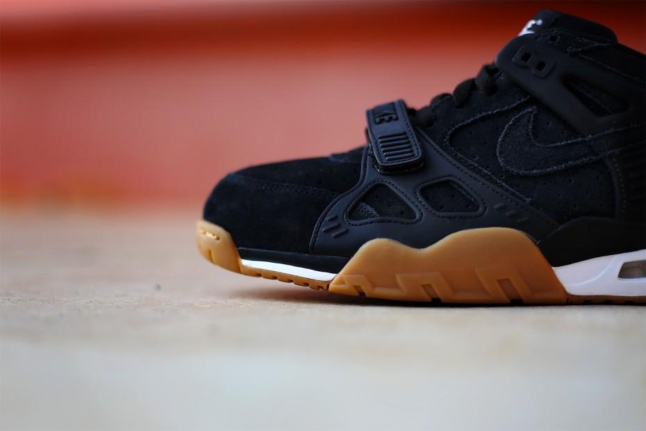 Nike-Air-Trainer-3-Gum-Black-Suede