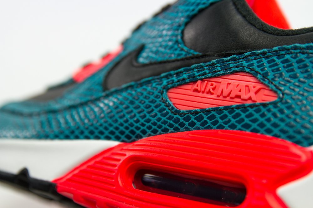 Nike Air Max 90 25th Anniversary Collection photo