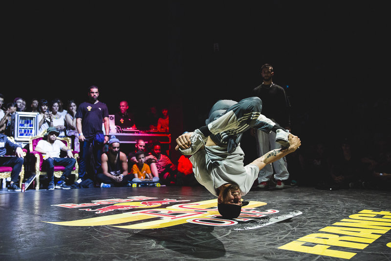 breakdance-bboys-bc-one-cypher-france