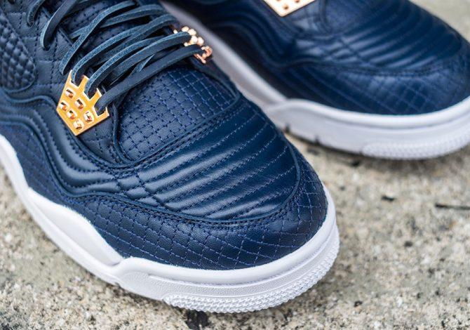 Nike-Air-jordan-4-premium-Obsidian-819139-402
