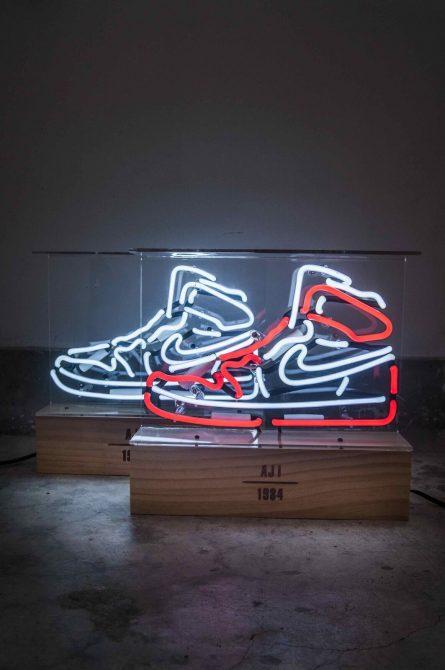 air-jordan-neon-lamp