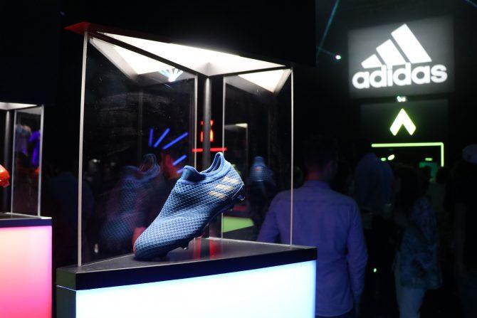Chaussure adidas MESSI16