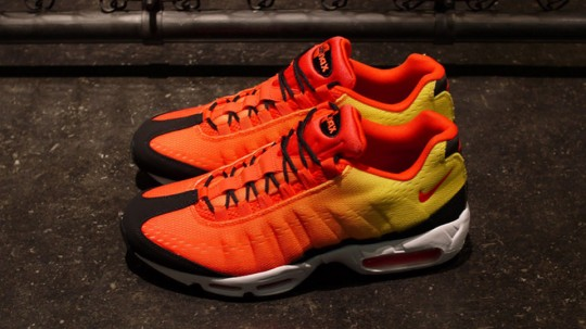 Nike Air Max 95 EM Sunset Pack - Style 554971-886