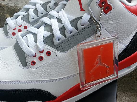 Air Jordan 3 Fire Red 2013