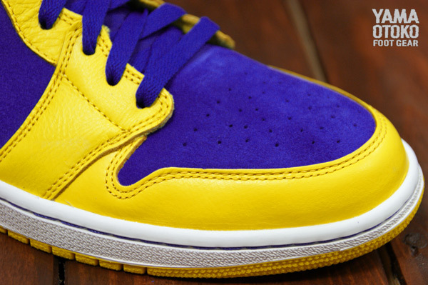 Air Jordan 1 Laney 555088-707