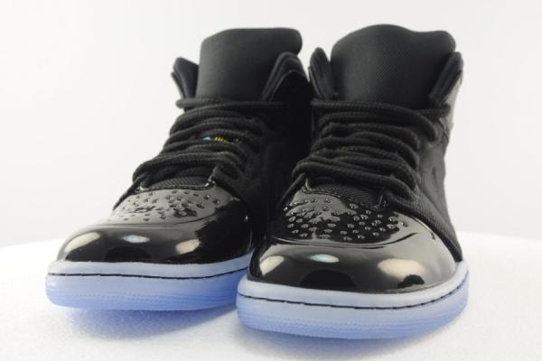 Air-Jordan-1-95-Gamma-Blue-detail
