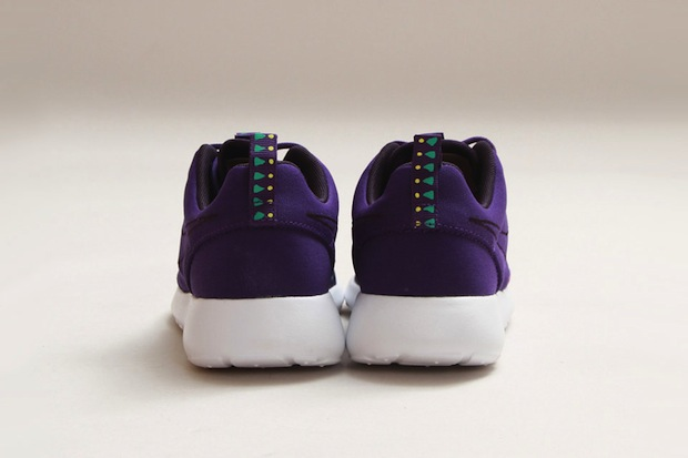 Nike-Roshe-Run-MP-QS-Court-Purple-Moypup-03