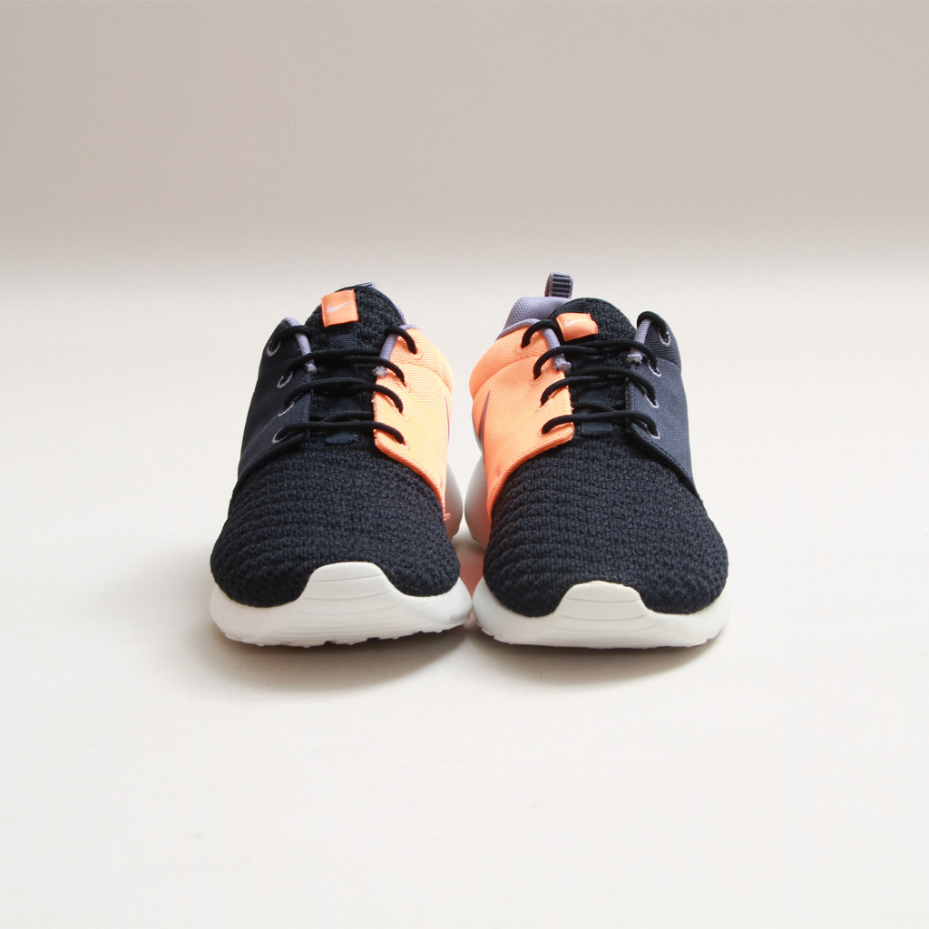 Nike Rosherun Premium Dark Obsidian-Atomic Orange