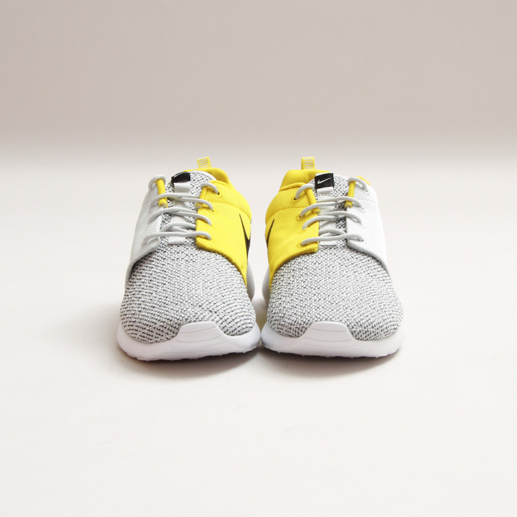 Nike Rosherun Premium Light Base Grey Bright Citrus