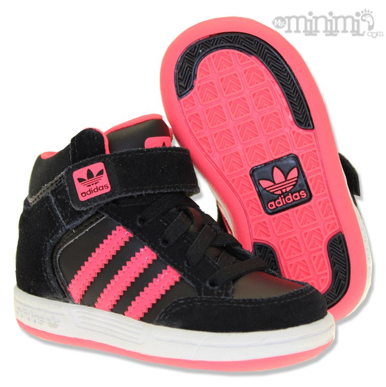 s lection de baskets sneakers pour les baby kids. Black Bedroom Furniture Sets. Home Design Ideas