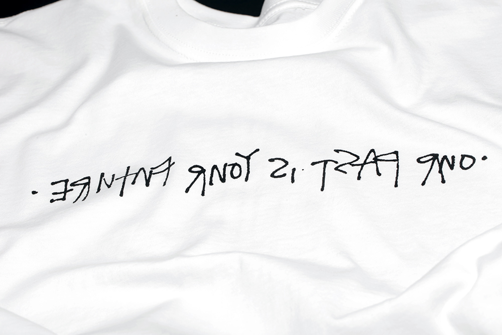 Nike-Mowax-tshirt-detail