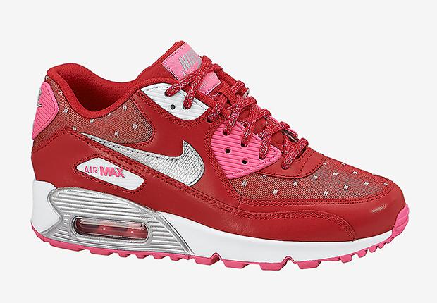 nike-sportswear-valentines-day-kids-2
