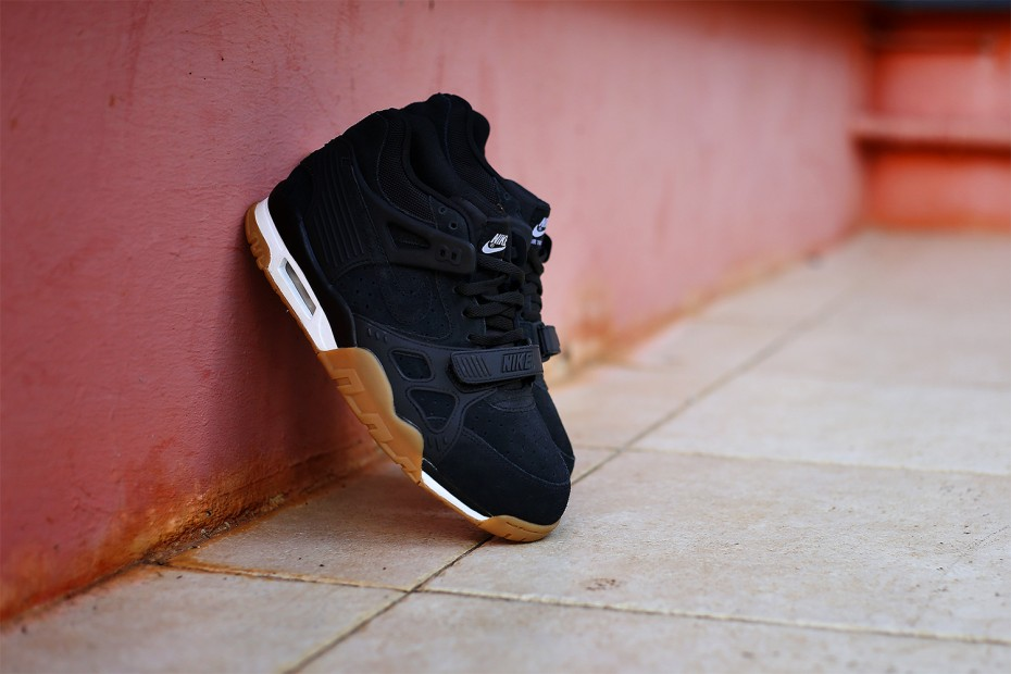 Nike-Air-Trainer-3-Black-Gum-2015