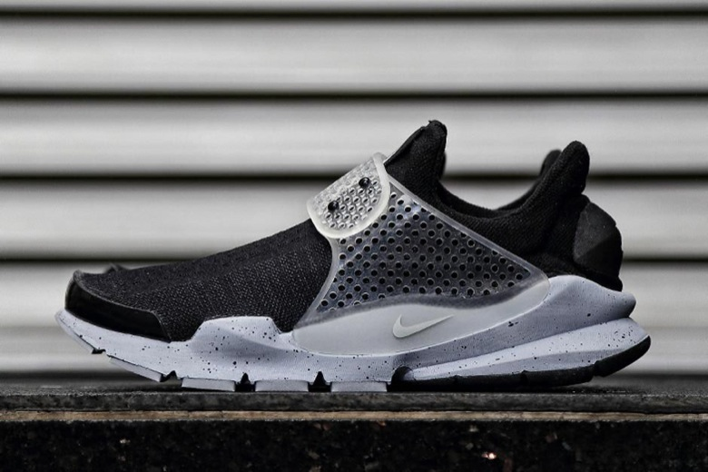 Nike X Fragment Design Sock Dart SP Oreo