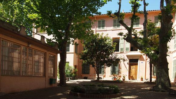 école Saint  Thomas d'Aquin - Exposition Aux Tableaux!