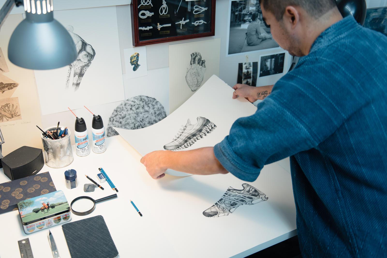 Andy Van Dinh Dans son atelier Nike