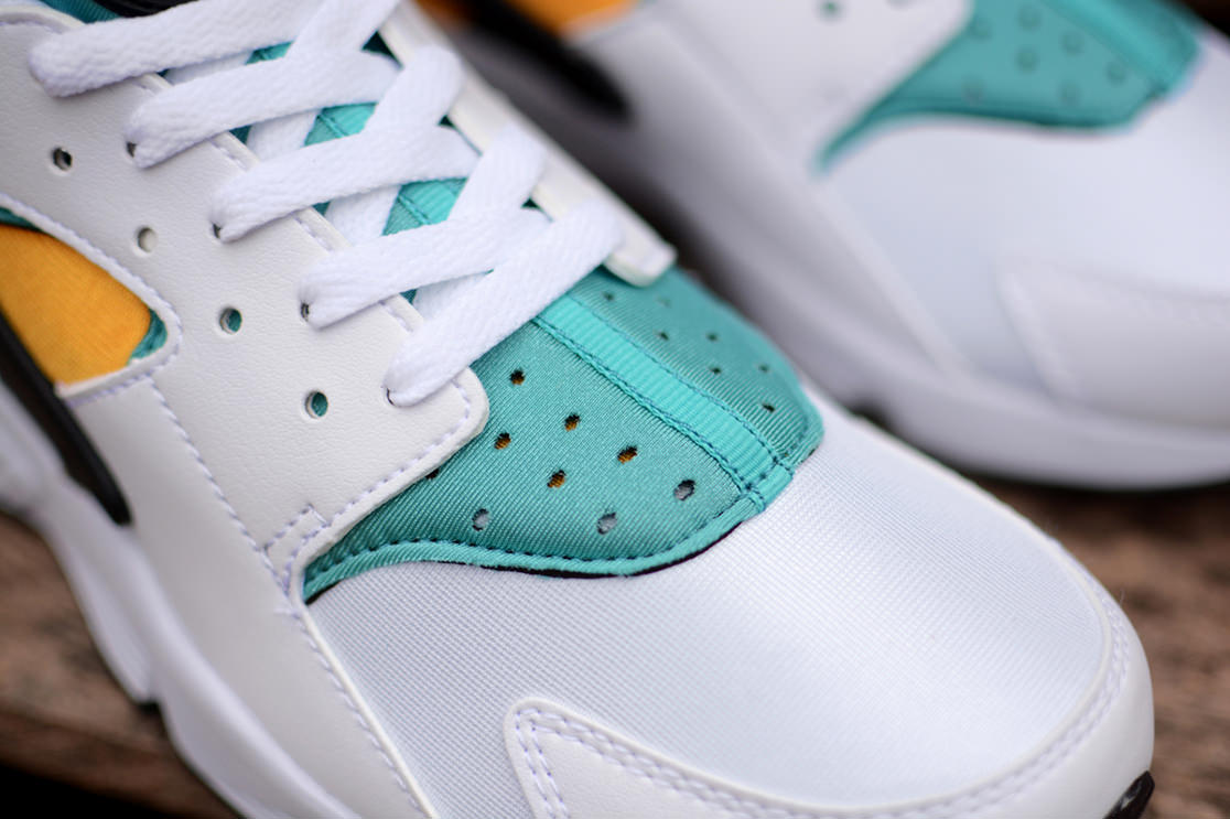 Nike Air Huarache OG Sport Turquoise details