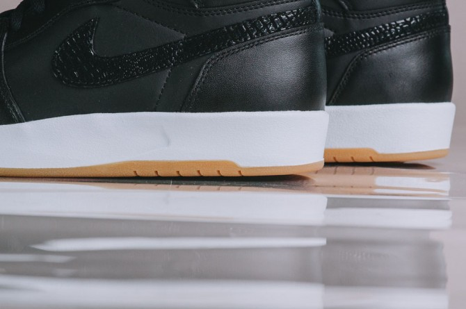 air-jordan-1-the-return-black-gum