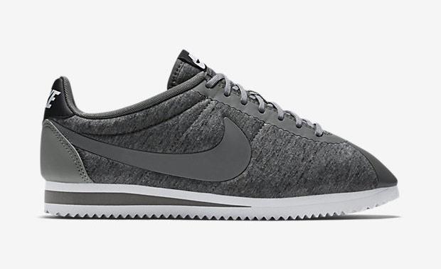 Evaluación nuez escapar  Personnalisez l'iconique Nike Cortez sur NIKEiD   Sneak-art