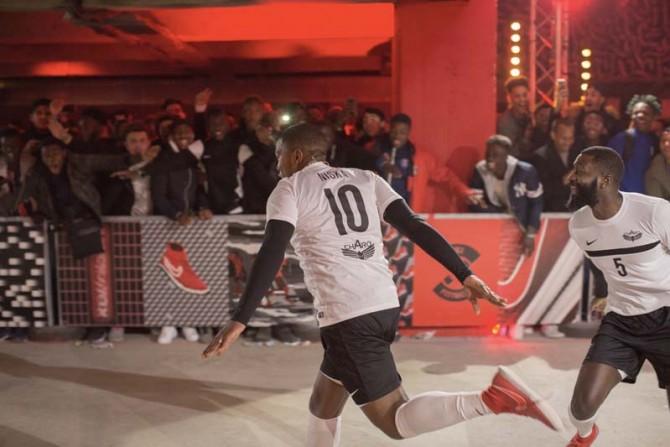 Finale Winner Stays Paris Nike FootballX-10