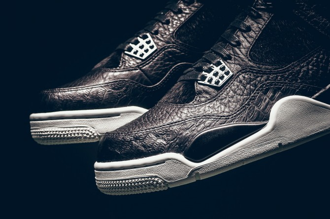 Air Jordan 4 Premium Pinnacle
