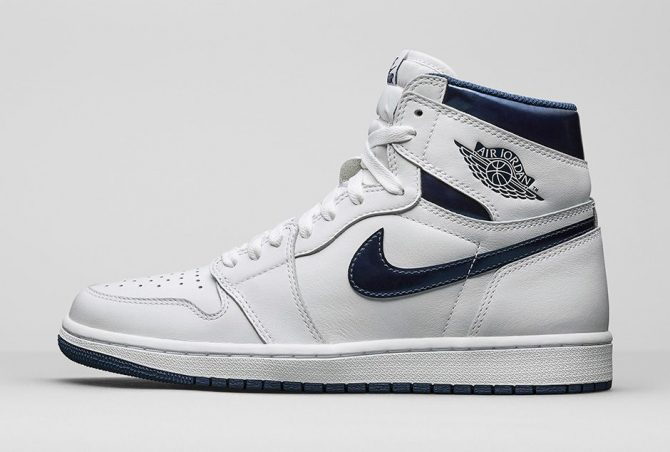 Air Jordan 1 Retro High OG Mettalic Navy