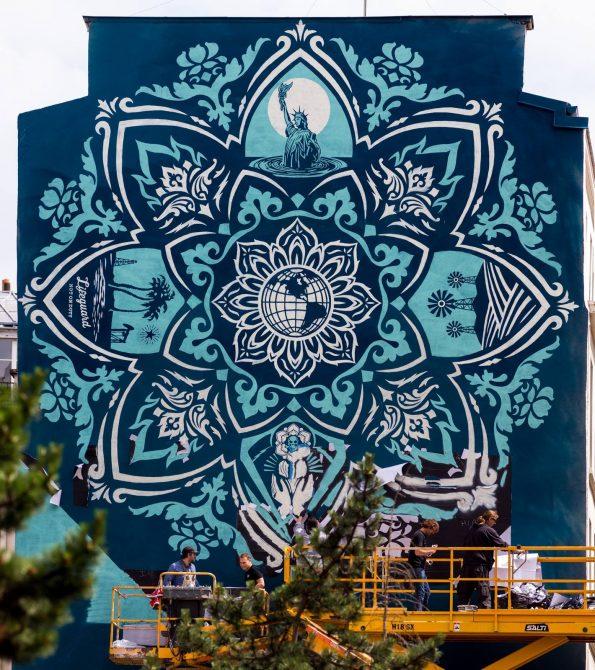 Mur Street Art Obey Paris 13 - Lionel Belluteau