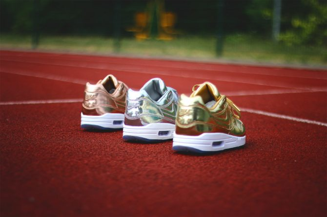 NIKEiD-Air-Max-1-Unlimited-Glory-Medal-3
