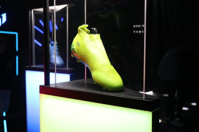 Chaussure de football adidas ACE16