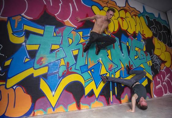 asics-gel-quantum-360-yaman-okur-street-art